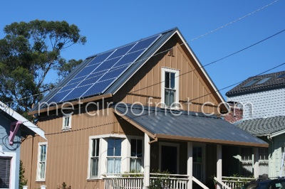 Solar Panels and Metal Roofs - What Solar Companies Don't
